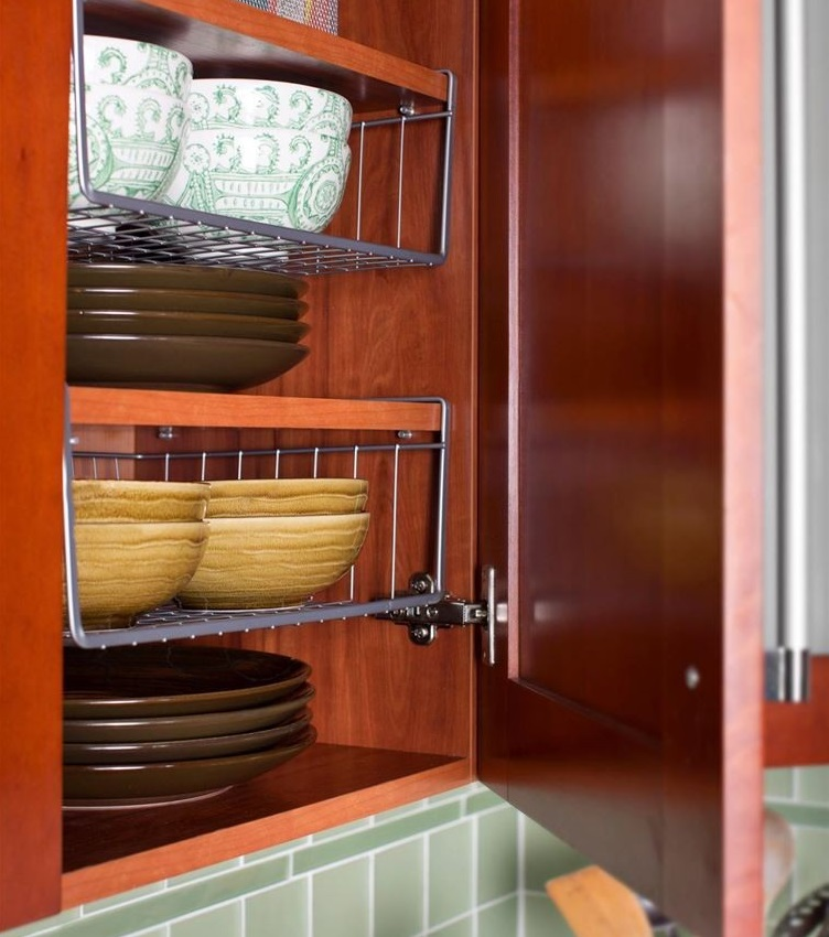 under-shelving kitchen hack